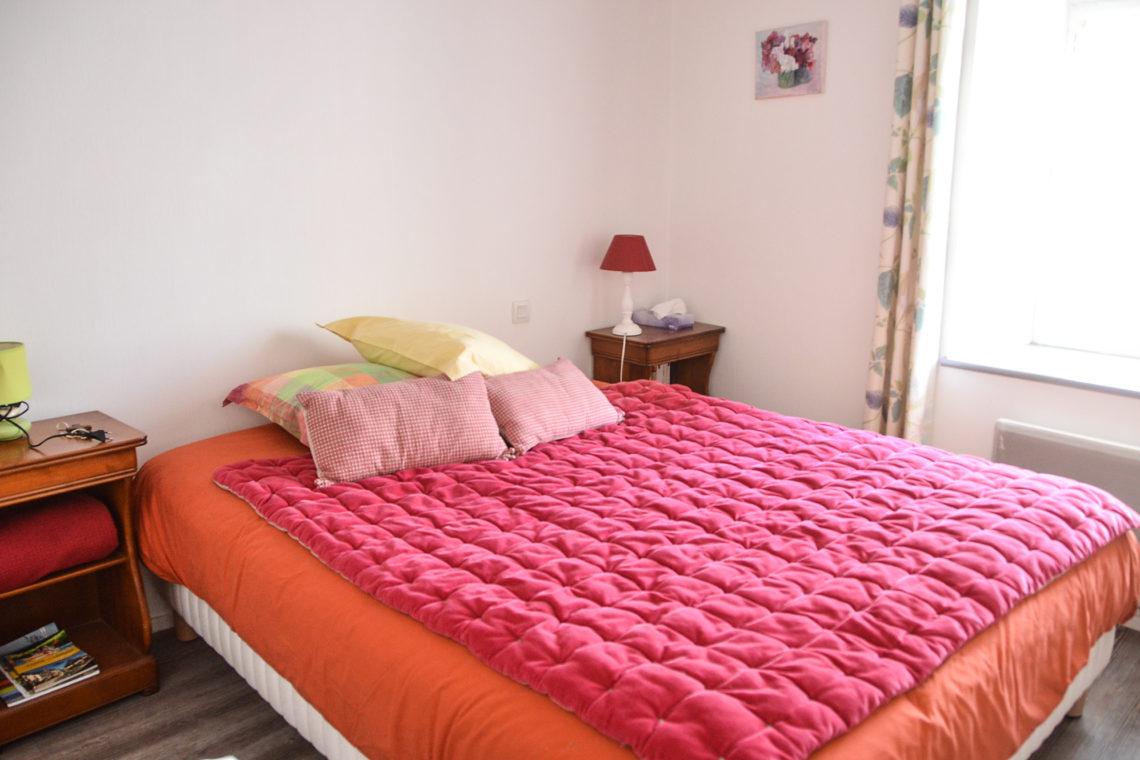 une chambre de la maison à vendre à Erdeven réf 402